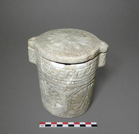 trois quarts © 2011 Musée du Louvre / Antiquités orientales