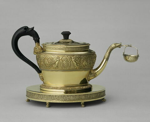 Théière du service à thé de Napoléon Ier et de Marie-Louise, et son plateau