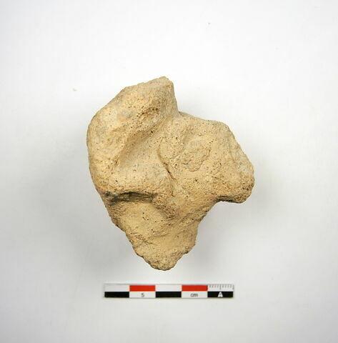 figurine ; applique  ; vase