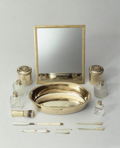 Boîte cylindrique du nécessaire de Napoléon Ier puis du tsar Alexandre Ier
