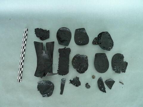 chaussure, fragment ; talon de chaussure, fragment