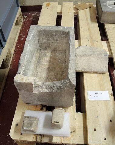 sarcophage ; ossuaire