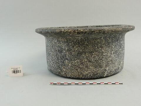 bassin ; vase