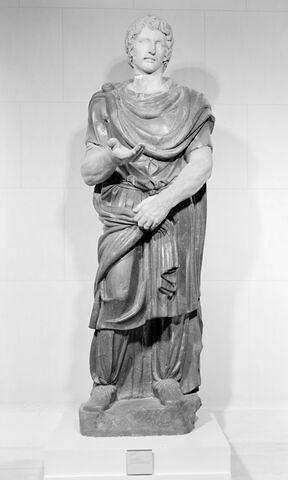 statue ; Prisonnier barbare