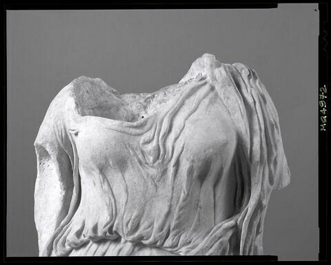 détail © 2002 Musée du Louvre / Patrick Lebaube