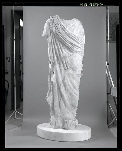 dos, verso, revers, arrière © 2002 Musée du Louvre / Patrick Lebaube