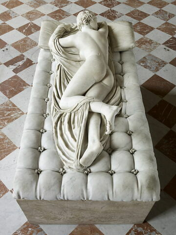 statue ; Hermaphrodite endormi