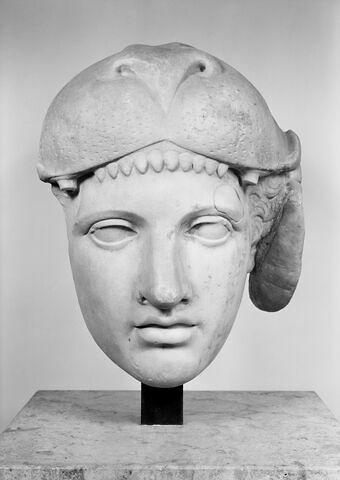 face, recto, avers, avant © 1985 Musée du Louvre / Maurice et Pierre Chuzeville