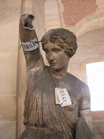détail © 2008 Musée du Louvre / Antiquités grecques, étrusques et romaines