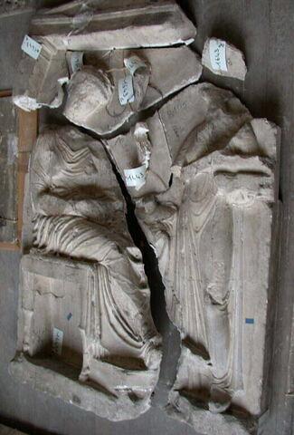 """moulage ; stèle  ; Stèle funéraire attique dite """"de Phrasicléia""""."""