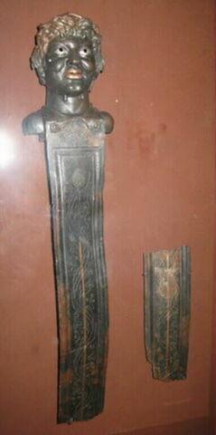 pilier de balustrade ; fragment