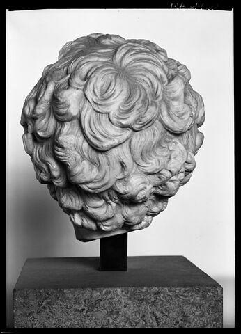 dos, verso, revers, arrière © 1985 Musée du Louvre / Maurice et Pierre Chuzeville