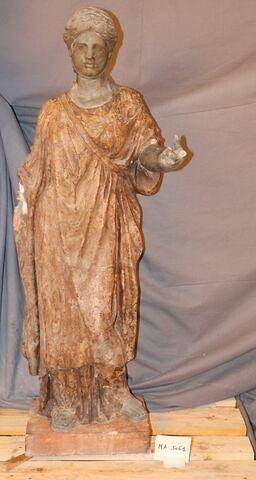 statuette ; Zingarella
