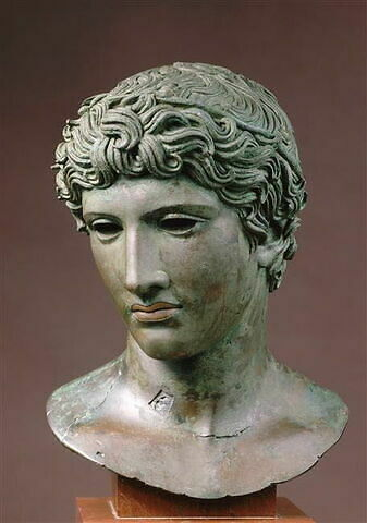 statue en buste ; tête de Bénévent