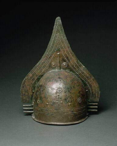 casque ; couvercle d'urne cinéraire