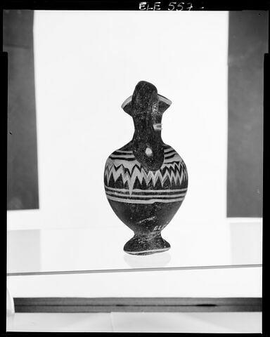 côté © 1994 Musée du Louvre / Patrick Lebaube