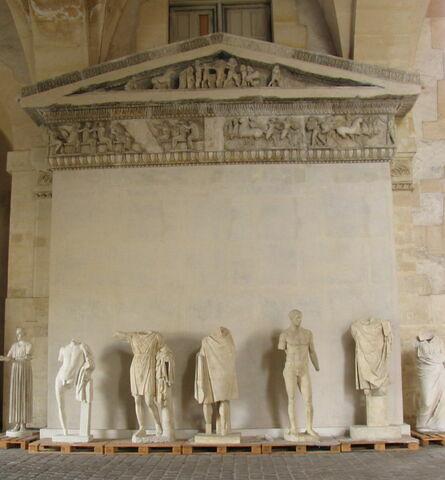 moulage ; façade ; Façade est du trésor de Siphnos