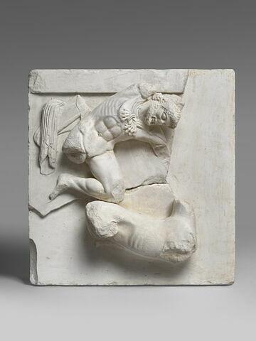 moulage ; métope ; Métope d'Héraklès et la biche de Cerynée.
