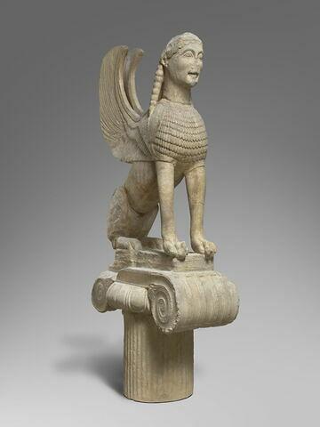 moulage ; colonne ; chapiteau ; statue ; Sphinx  des Naxiens.