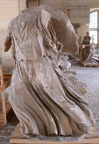 """moulage ; décor architectural ; statue ; Figure """"G"""" dite """"Artémis"""" ou """"Illithye""""."""