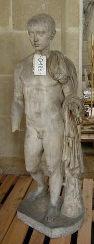 moulage ; statue ; hermès richelieu