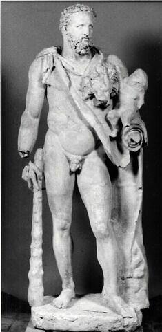 """moulage ; statue ; Commode en Hercule, dit """"Hercule et Ajax"""" ou """"Hercule et Hylas"""", reprenant le type du groupe d'Héraclès portant l'enfant Télèphe."""