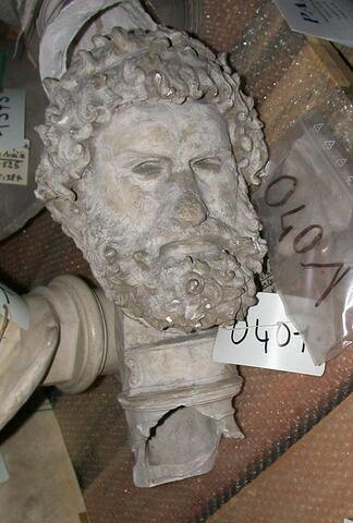 statue  ; Tête du pugiliste Satyros