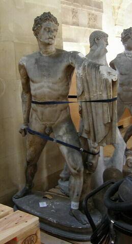 moulage ; statue ; Statue d'Aristogiton du groupe des Tyrannoctones.