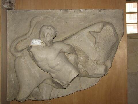 moulage ; métope ; Métope d'Héraclès et le taureau de Crête