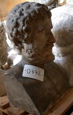 moulage ; statue en buste ; Portrait de Biaz (?).