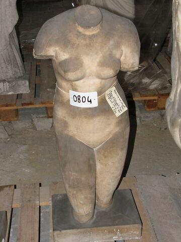 statue  ; Torse d'Aphrodite du type Médicis