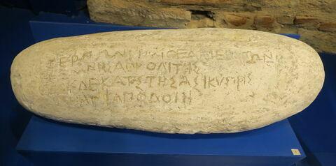 """moulage ; inscription ; """"Galet d'Antibes"""" ou """"Galet de Terpon"""""""