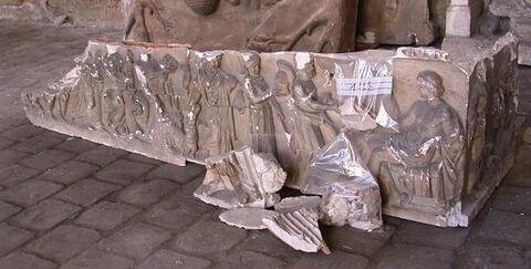 """moulage ; sarcophage ; Sarcophage dit du  """" mariage de Thétis et Pélée"""""""