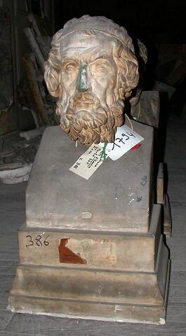 moulage ; décor architectural ; statue