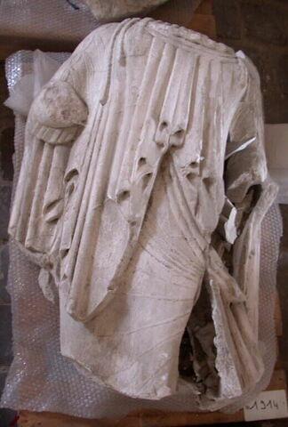 moulage ; décor architectural ; statue ; Coré N° 10 du temple des Alcméonides à Delphes
