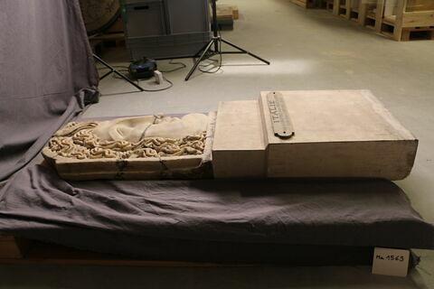 couvercle de sarcophage