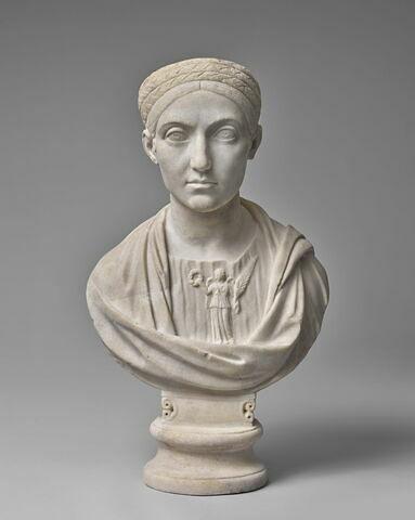 statue en buste ; Sabine Richelieu