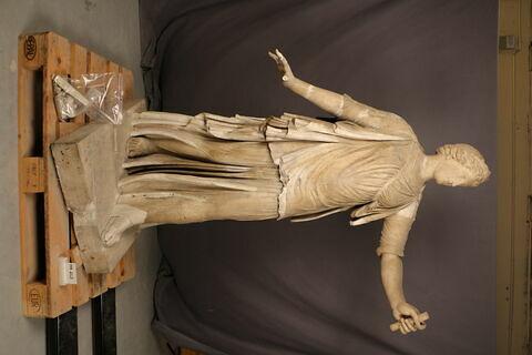 statue ; Diane