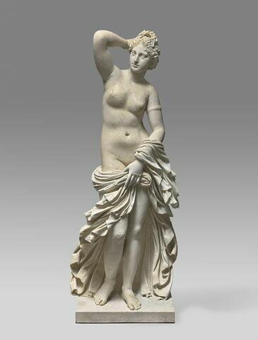 statue ; Aphrodite Louvre Borghèse