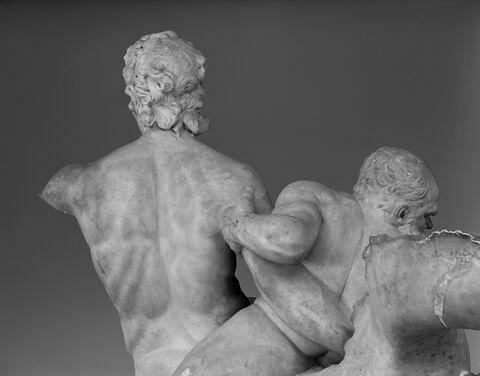 dos, verso, revers, arrière © 1993 Musée du Louvre / Christian Larrieu