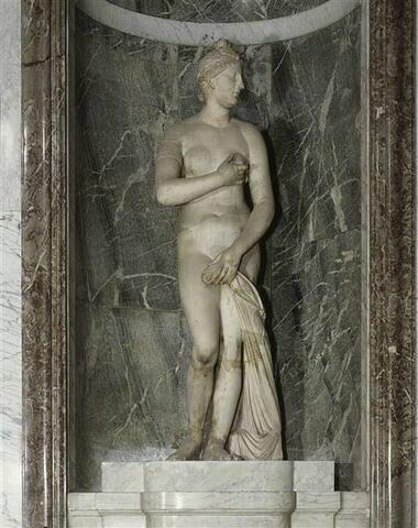 statue ; Vénus de Troas