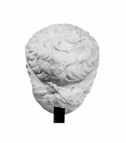 dos, verso, revers, arrière © 1994 Musée du Louvre / Christian Larrieu