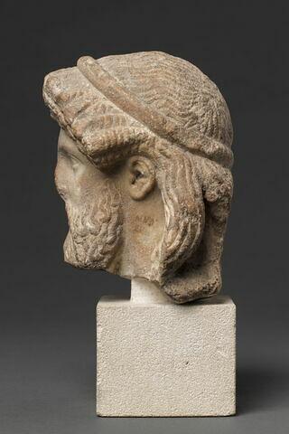 profil gauche © 2012 RMN-Grand Palais (musée du Louvre) / Tony Querrec