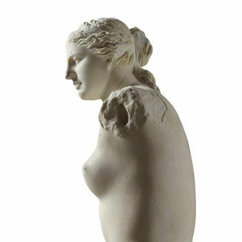 trois quarts © 2010 RMN-Grand Palais (musée du Louvre) / Hervé Lewandowski