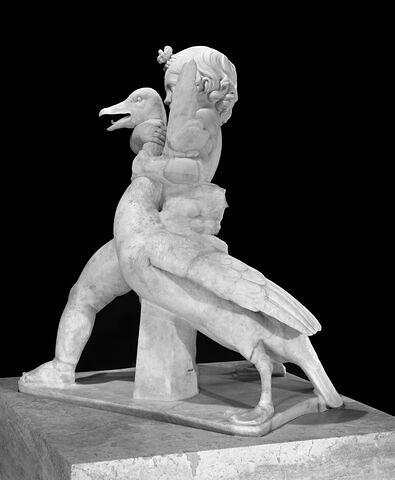 trois quarts gauche © 2000 Musée du Louvre / Christian Larrieu