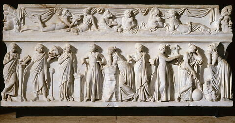 sarcophage ; couvercle de sarcophage ; Sarcophage des muses