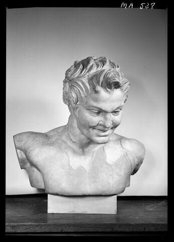 face, recto, avers, avant © 1978 Musée du Louvre / Maurice et Pierre Chuzeville