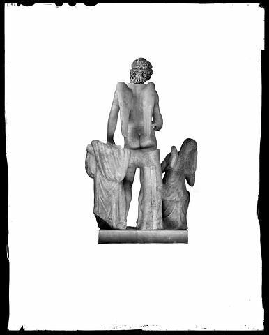 dos, verso, revers, arrière © 2004 Musée du Louvre / Daniel Lebée