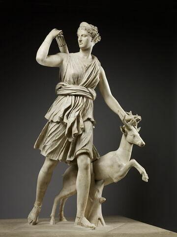 statue ; Diane de Versailles