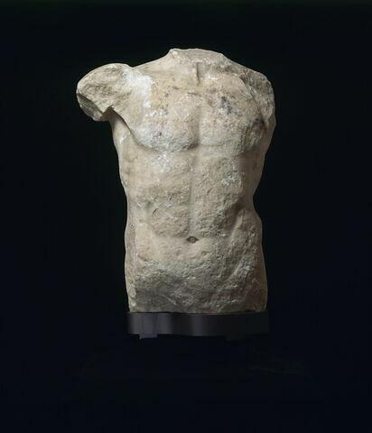 statue  ; torse Cordier
